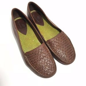 COPY - Cole Haan Size 7 Brown Leather Woven Loafe…